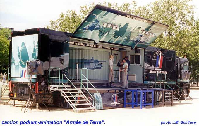 Car-podium de l'Armée de l'Air